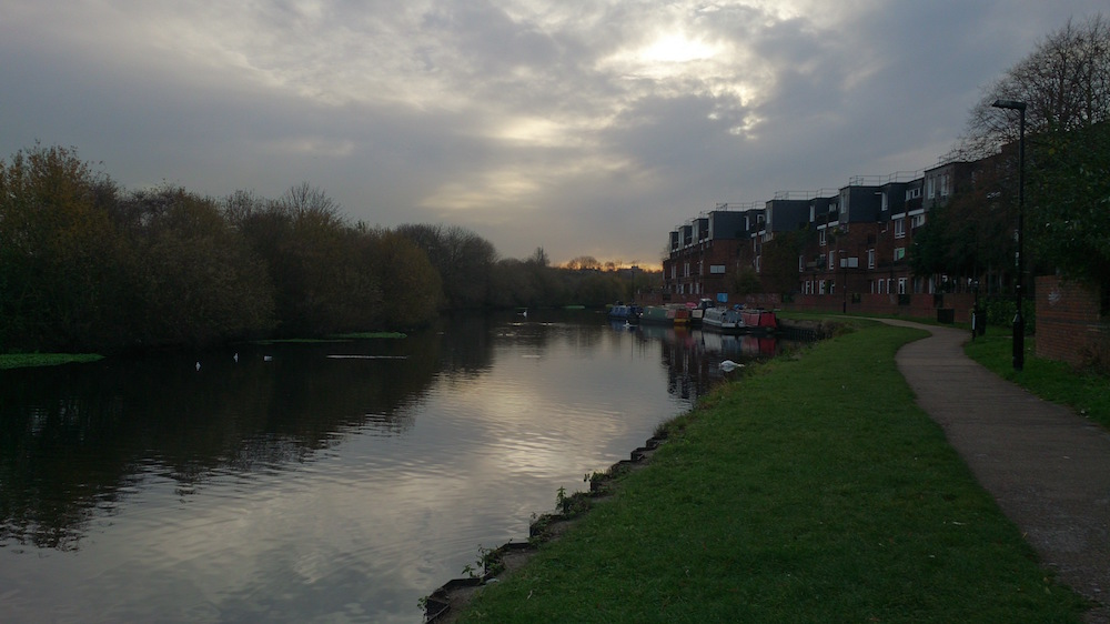 river lea on a November day